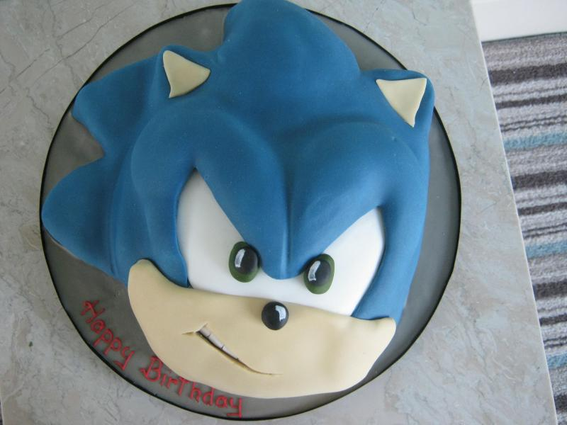 SONIC themed chocolate sponge cake for a 10th birthday in Thornton