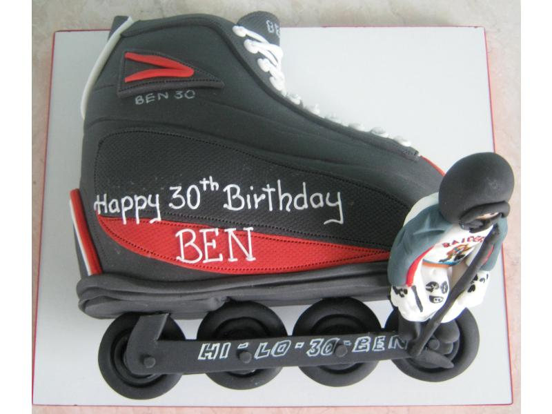 Roller Hockey Boot and player in chocolate sponge for Ben's 30th in Thornton-Cleveleys