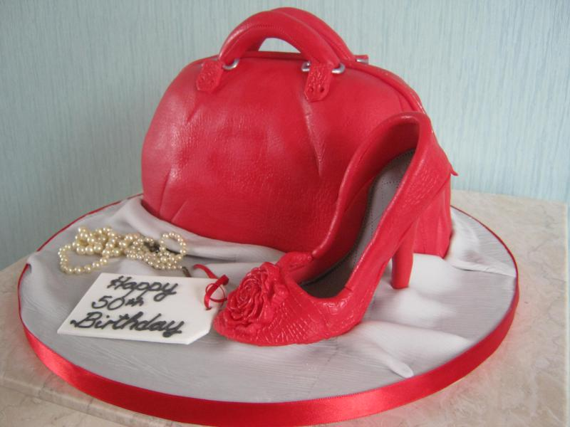 Red Shoe and handbag for fashion fan Marcella in Fleetwood in lemon sponge