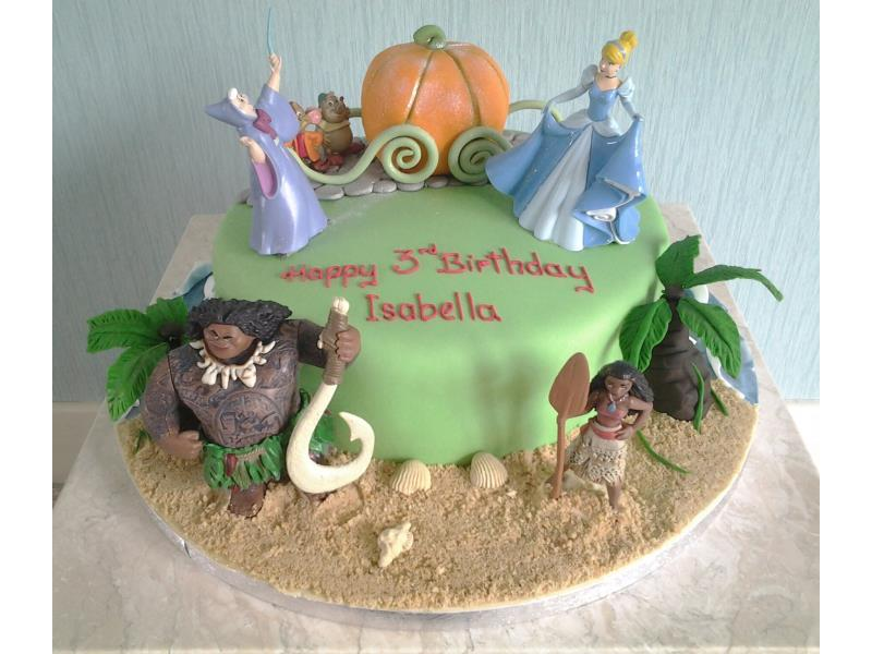Moana and Cinderella birthday cake in vanilla sponge for Isabelle in Thornton