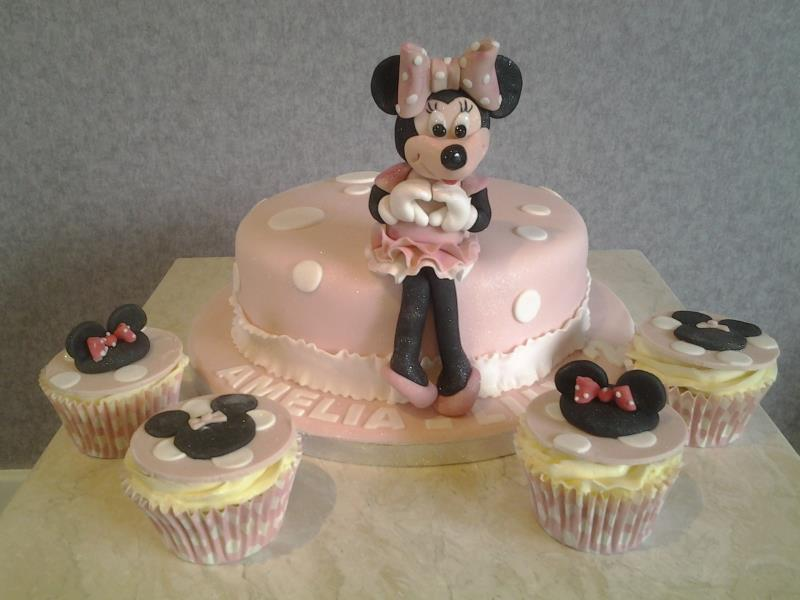 Minnie Mouse - cake in chocolate sponge and cupcakes in vanilla sponge for Amelia-Lily in Blackpool