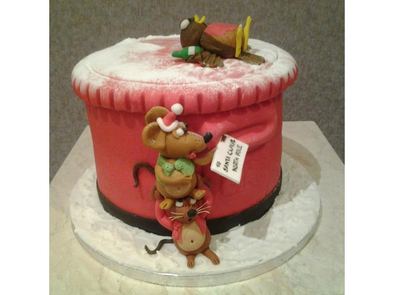 Christmas themed pillarbox in fruit cake for Cathy in Claremont