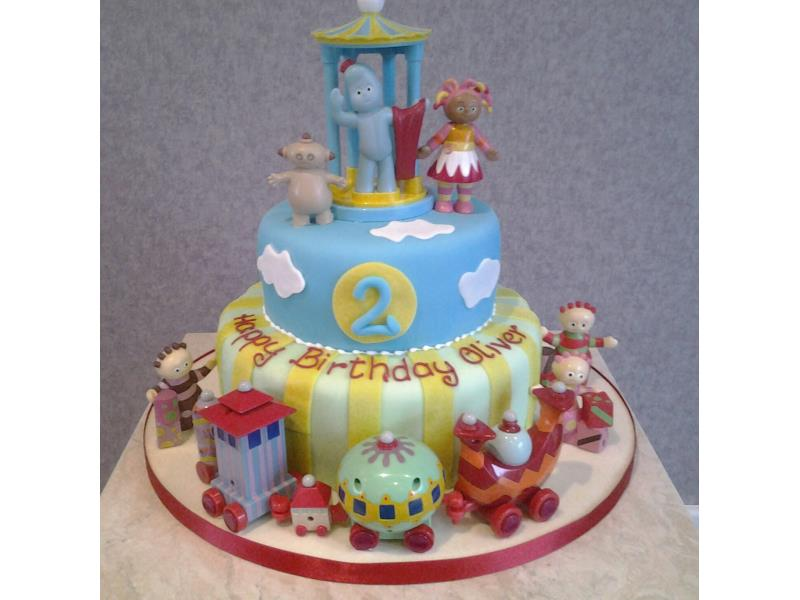 Iggle Piggle And In The Night Garden Friends Made From Cholcolate Vanilla Sponges For