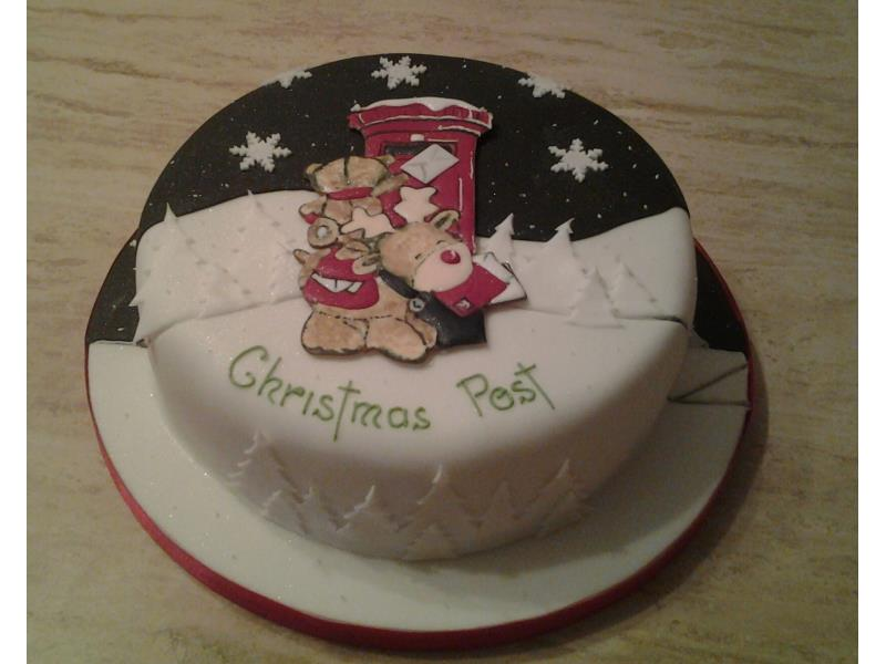 Christmas Post - Christmas cake in vanilla sponge for Sue in Blackpool