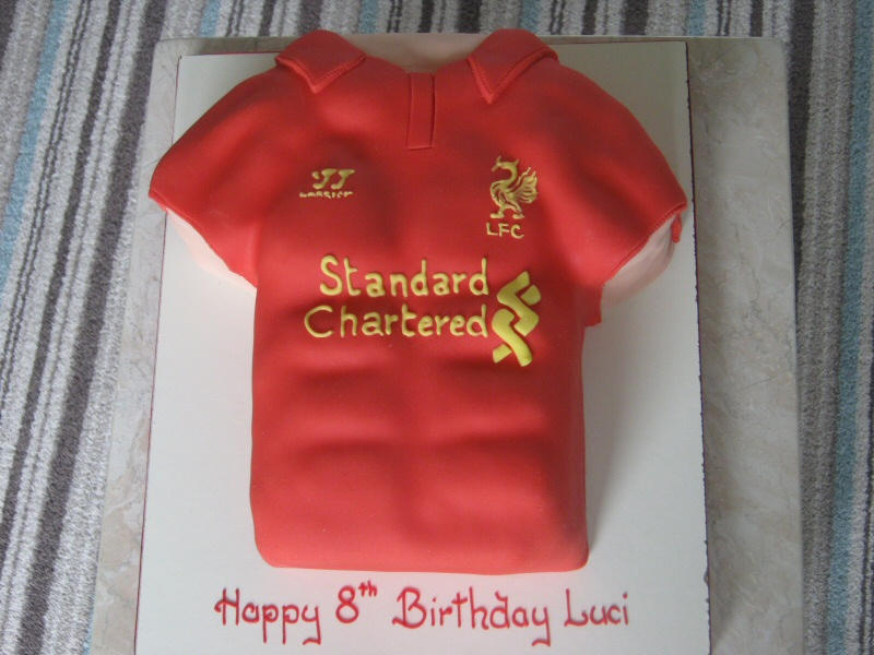 Liverpool FC - Liverpool football shirt cake for Luci (aged 8) of Kirkham.